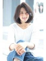 ヘアメイク シュシュ(Hair make chou chou)ワンカール切りっぱなしボブ【Chou-Chou 北林夏実】