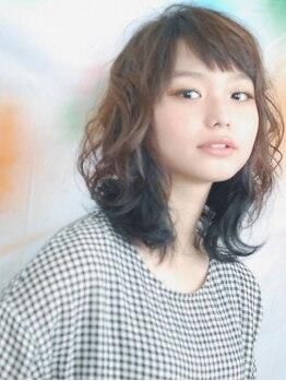 ユニオン ヘアー(UNION∞HAIR)の写真/高い技術でダメージレス!髪質に合った薬剤を選んでくれるから、憧れのゆるふわパーマスタイルを実現。