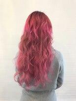 ヘアーアイスカルテット(HAIR ICI QUARTET)ピンク 派手髪 ブリーチ