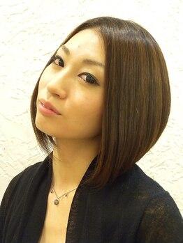 ヘアサロン トゥループ(Hair Salon TROOP)の写真/風が吹いても髪形が崩れない、てぐしで簡単に決まると好評!その秘密はベースのカットが上手いから☆