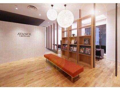 アヴァンス クロス 梅田茶屋町店(AVANCE. cross)の写真