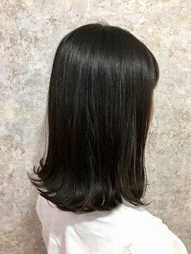 シュガービー(SUGAR-B)【SUGAR-B】黒髪外はねミディ
