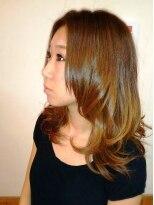テトラ ヘアー(TETRA hair)プラチナグラデーションカラー