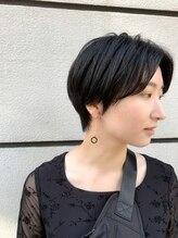 カミヤ(kamiya)【kamiya】黒髪ハンサムショート