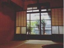 ハット(hut.)の雰囲気(和室はお付き添いの方の待ち合いスペースや着付けの時に。)