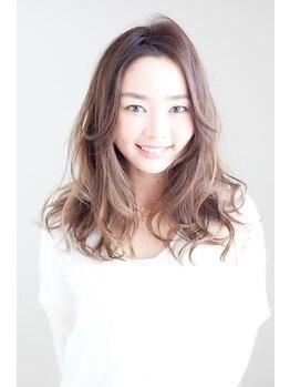 ビューティー コレクション 富士店(Beauty Collection)の写真/人気の外国人風カラーで大人可愛いスタイルが手に入る☆艶感、透明感の溢れる髪へと導きます。