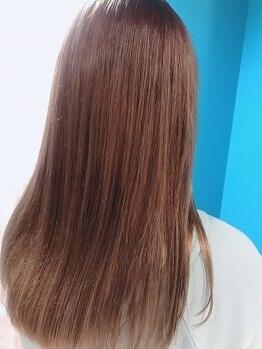 アンジェリコ(Angelico)の写真/《Angelico》の保湿ケアカラーで、女性らしい上品さと透明感溢れるワンランク上のツヤ髪に♪