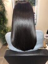 アールサロンアオヤマ(Rr salon AOYAMA)クリスタルツヤ髪