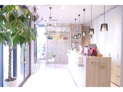 アース 三郷店(HAIR & MAKE EARTH)の写真