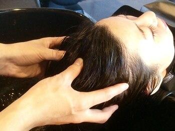 ピュアーネ(Purene)の写真/【ビューティシャル光スパ】は、頭皮から表情筋に働きかける本格ヘッドスパ☆贅沢な時間へ…♪【学芸大学】