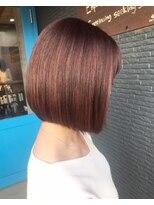 ヘアアンドビューティー クローバー(Hair&Beauty Clover)pink
