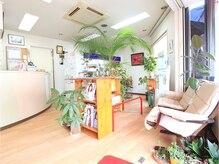 美容室 フクイの雰囲気(植物に囲まれてリラックスできます* 美容室 フクイ )