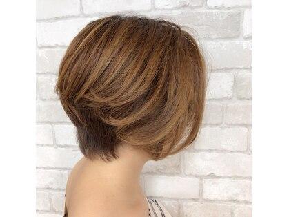 ヘアーアンドメイクビィフォー(hair&make b four)の写真