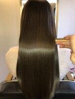 アールサロンアオヤマ(Rr salon AOYAMA)極上ツヤ髪ロング