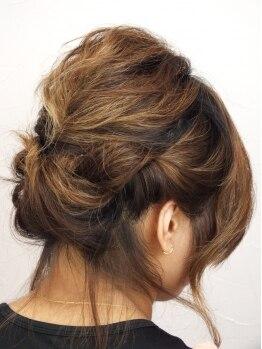 マルチェヘアー(maruche hair)の写真/【新規限定☆ヘアセット¥4320→¥3024】大切な日はプロにお任せしましょう!上品で可愛らしいスタイルに♪