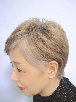 メール(MER)の写真/【暗い色で白髪を隠す時代はもう終わり!!】顔の色に合わせてあなただけのシルバーヘアーを一緒に創ります★