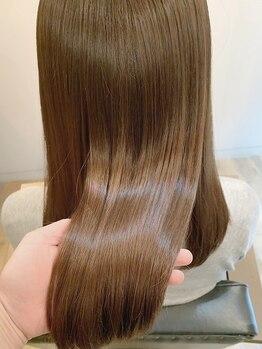 ロータス ヘアデザイン(LOTUS hair design.)の写真/驚くほどのツヤとまとまり。髪を伸ばすのが楽しくなる、ナチュラルストレート☆