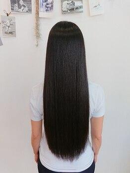 イロ(ilo)の写真/お手入れが楽でずっとさわっていたくなるナチュラルストレート☆天然の薬剤で内側からキレイな艶美髪に!