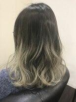 レザボア ヘアーアンドビューティー ハイブ店(reservoir Hair&Beauty Haibe)グラデーションカラー
