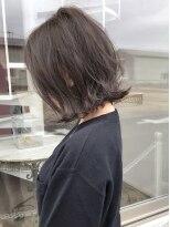 外ハネボブ×透明感抜群の暗髪グレージュ