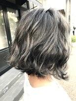 ハイライトカラー+アッシュグレー【UniQ・小笹】