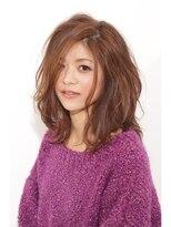 パーフェクトビューティーイチリュウ(perfect beauty ichiryu)ルーズカールなミディアムスタイル