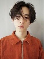 韓流ショートレイヤーかき上げヘアはトランクスヘアでコンマヘア