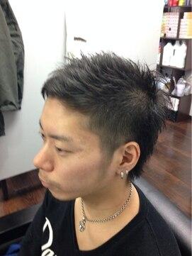 ヘアーラウンジ ローゼスセカンド(Hair Lounge ROSES 2) サイド刈り上げ・ツンツンスタイル