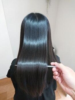 イロ(ilo)の写真/iloオリジナル【髪質改善ヘアエステ】☆髪1本1本に栄養を与え、潤い保湿を含んだまとまるツヤ髪に!