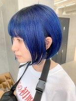 テトヘアー(teto hair)ブルー、デザインカラー、スリークボブ、スカイブルー