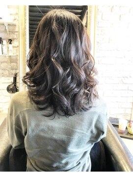 ヘアー アトリエ エゴン(hair atelier EGON)セミロング