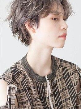 エマン(aimant)の写真/無理なくフィットするスタイル。毎日がキラキラ輝く、お気に入りヘアを手に入れて◇
