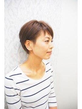 ミチ(michi)似合わせショートボブ+明るい白髪染め【イチゴカラー】
