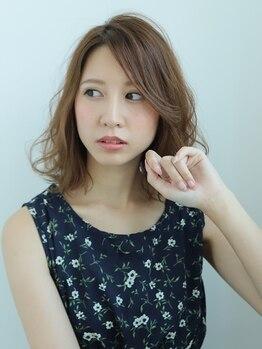 ヘアーメイク グレース ヴィヴィ(HAIR MAKE GRACE ViVi)の写真/【天然由来成分93%!松山で希少の「AVEDA」カラー】「カラーが続くこと」が大人女性の品格に繋がる!
