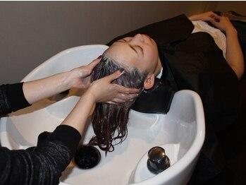 ロルド スール(Rold soeur)の写真/エクステを外された後にもオススメ★ヘッドスパで頭皮の状態をリフレッシュ♪お得なクーポンもご用意あり◎