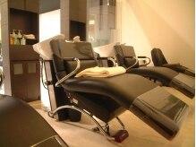 ディスティーノアリア(destino ARIA)の雰囲気(思わず眠ってしまうほど心地よく座れるシャンプー台)