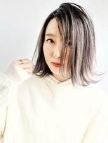 アマンドール(AMAN D'OR)グレイッシュシルバーバレイヤージュ☆