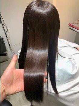 髪質改善専門店クリスプの写真/スッとなめらかな指通りのナチュラルストレートをぜひ体感!〈ストレートエステ〉で扱いやすい髪に☆