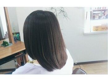 ラページュ(Raperjou)の写真/従来の縮毛矯正の性質を持たせつつ、最大限に髪へのダメージを軽減させたうるツヤストレート☆。・