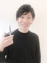 モナヘアー ピウ(mona hair piu)上村 大