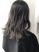 カーフリヘア ウル(Kahuli hair Ulu)シルバーグレー