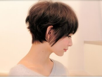 テイクケアオアレナータ(TAKE CARE OR RENATA)の写真/『ショートヘアだからこそ貴方に似合ったスタイルを』何よりも大切に施術するからこそ、レナータがある…☆