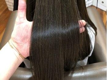 ワショウ ユーノ(WASHAW JUNO)の写真/ダメージレスを徹底化!≪カラー・縮毛矯正・パーマ≫全てにおいて、うる艶で透明感のある仕上がりに。