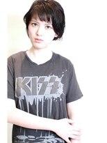 トリコ(TORICO)黒髪エッジィショート
