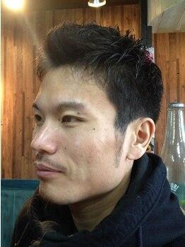 エイト ヘアワークス シンテラ(EIGHT HAIR WORKS SHIN TERA)の写真/【連坊駅徒歩4分】丁寧な施術で多くの男性から厚い支持!髪だけでなくメンズのトータルケアをサポート。