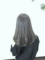 フォルカ ドゥ ヘアドレッシング(FORCA deux hairdressing)ノンブリーチ アッシュグレージュナチュラルセミロング