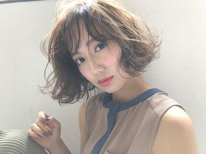 アヴァンス クロス メルシー 西梅田店(AVANCE CROSS melc)の写真