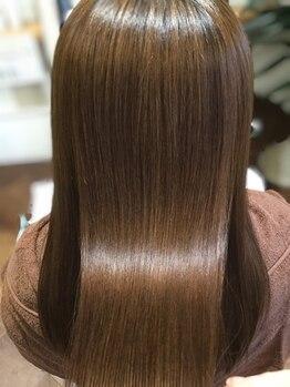 レアヘアー(lea HAIR)の写真/髪の毛が傷んでもう切るしかない、と諦めているあなたへ。lea HAIRの厳選トリートメントでサラサラ艶髪へ!
