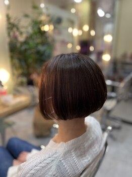 イワセ(IWASE)の写真/【貴女らしく自然に魅せる髪へ】ダメージレスにこだわり、長年の悩みを忘れるほどの自然な美しさが叶う。