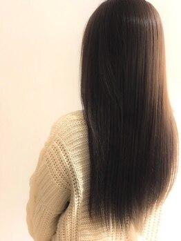 バル(bal)の写真/≪お手入れいらずの美髪は縮毛矯正で叶う!≫風でゆれる『サラサラストレート』が女子度&好感度◎♪【bal】